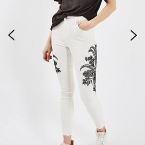 TALL Topshop moto sketch embroidered Jaime jeans